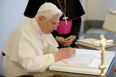 Pope Benedict XVI signs his new Encyclical letter Caritas in Veritate